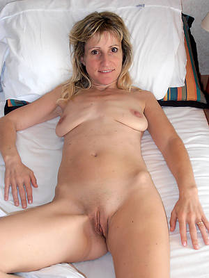 floppy mature tits porno pictures