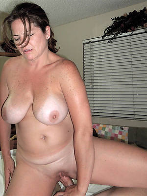 naked pics of mature granny sex