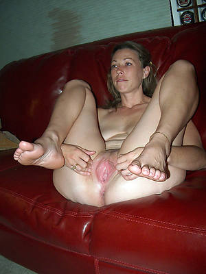 mature dispirited feet pics