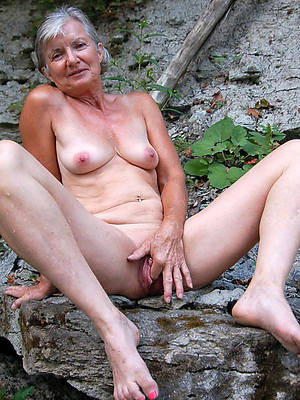 curvy old mature women pictures