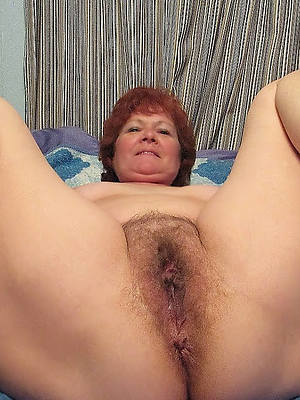 hot screwing mature hairy pussy pics