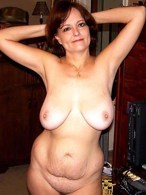 curvy mature tit pics