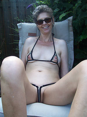 sweet mature cameltoes pics