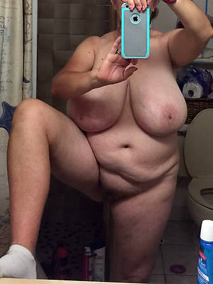 grown up women mirror selfies porn photo