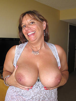 free porn pics be proper of mature moms naked