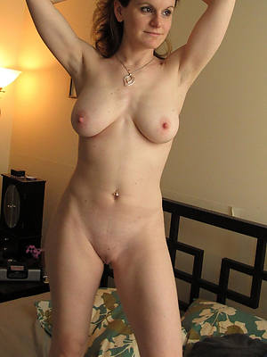 mature nude moms
