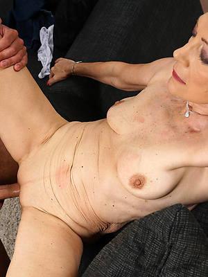 mature women having sex amateur pics