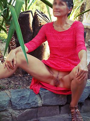 free porn pics of mature panty upskirt