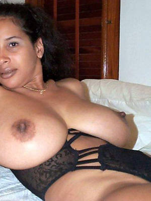 thick mature latinas porn pictures