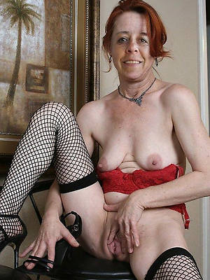 sweet nude mature pussy photo