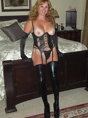 sexy mature in latex hot pics