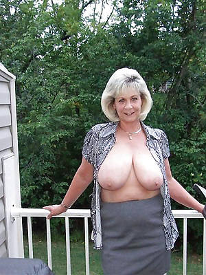 free 50 plus mature adult home pics