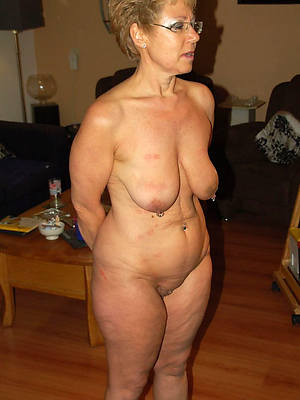 hot saggy tit mature pics