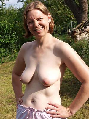 free porn pics of horny mature singles