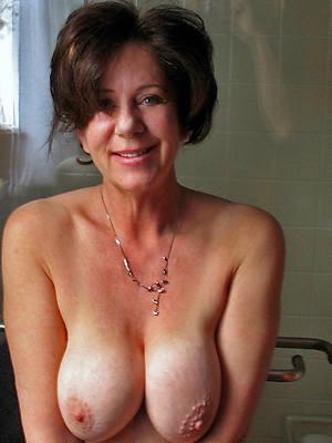 amateur mature ex girlfriend nude photos