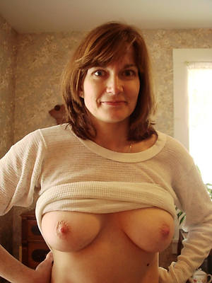 naked pics of sexy mature ex girlfriend
