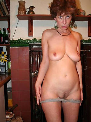 free porn pics of older mature housewives