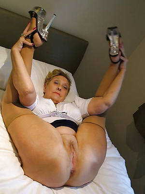 sexy mature leafless legs photos