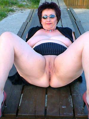 best mature legs porn pictures