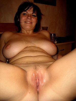 hotties mature pussy photos