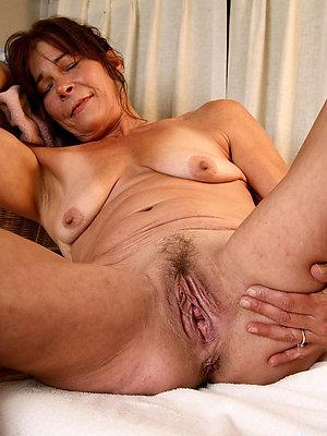 elder mature pussy stripped