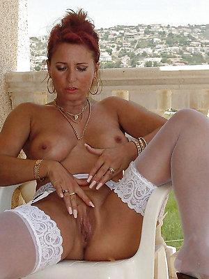 hot redhead women posing nude