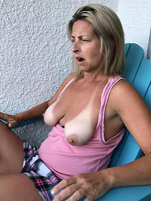 free pics of mature women saggy special