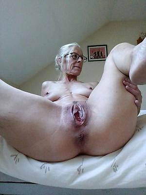 hot mature grandma amateur tits