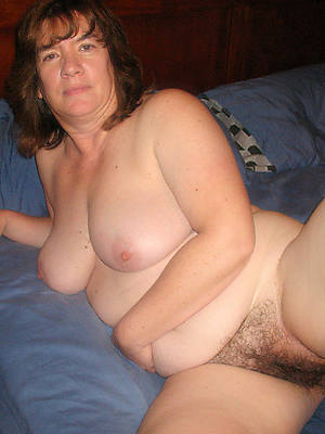 hot hairy matures porno pictures