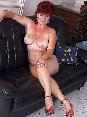 unorthodox porn pics of older mature mom
