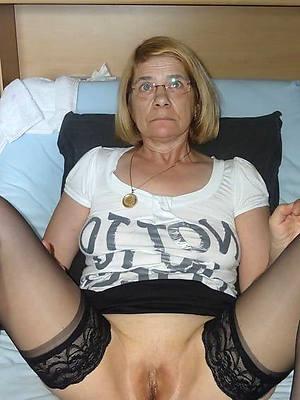 naked mature slut pictures