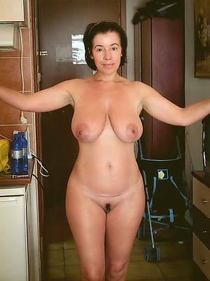 beautiful mature squirearchy solo gallery