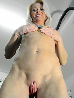 grown up shaved cunt porn