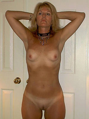 matures with small tits porn pic download