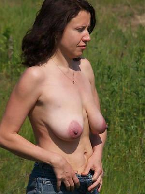mature saggy tit porn pictures