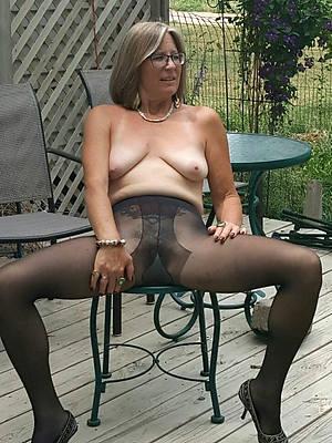 mature ladies in pantyhose porn mobile