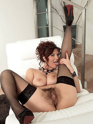 mint mature milf in stockings porn
