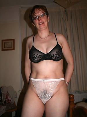 mature pussy panties porns