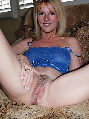 amateur mature uk nude pics