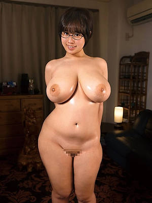 free amature mature asian moms