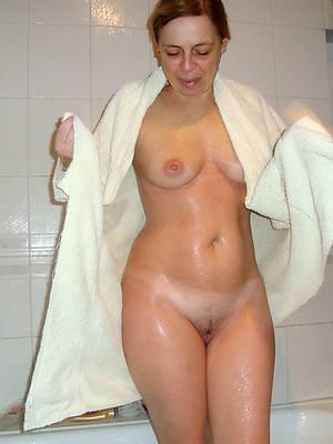 beautiful mature girlfriends easy nude pics