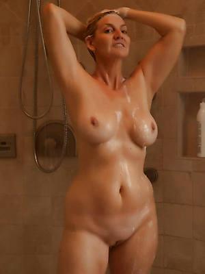 busty mature shower hot porn pics