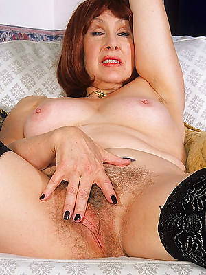 naked horny mature cougars pictures