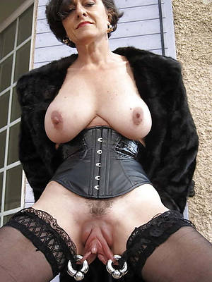 naked over 50 matures gallery