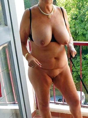 naked sexy mature granny