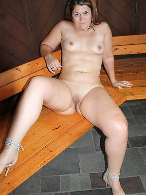 incomparable single mature women pics