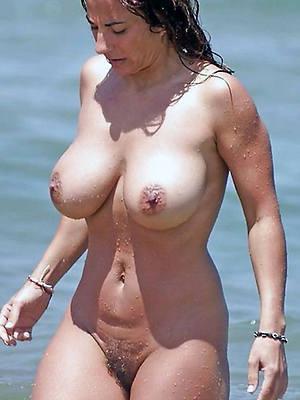 unconforming porn pics be proper of beautiful mature wife