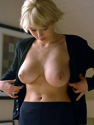 beautiful mature breast porn blear download