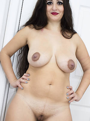 beautiful busty indian mature