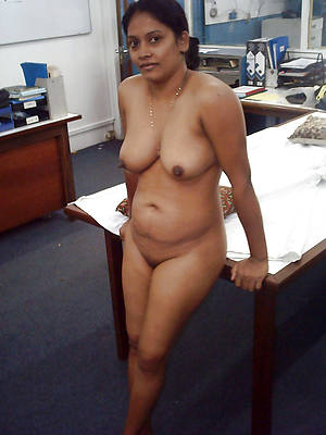 Bohemian porn pics of sexy hairy mature indian